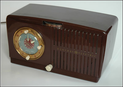 The GE Model 64 clock radio