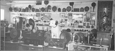 partial view of Mac's Old Time Radio Museum