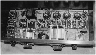 layout of this 8-tube Haynes-Griffin chassis
