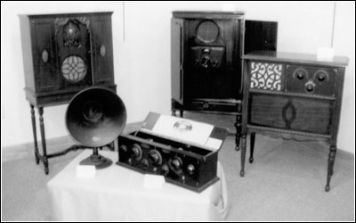 1920s battery radios and consoles