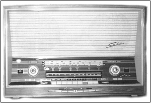 The Saba Model 400/10T table radio.