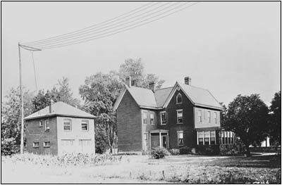 The Conrad Garage in 1920.