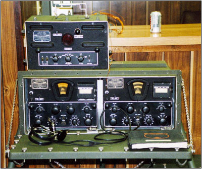 A Navy semi-portable RBM-4 receiver set owned by Paul Thekan, N6FEG.