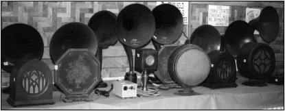 Early 1930s Turner microphone and assorted radio speakers.