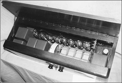 A top view of the 9-tube Wurlitzer